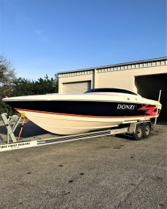 Donzi, boat painting, hi performance, Awlgrip, fast boat